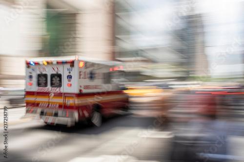 Photo FDNY ambulance racing through new york city