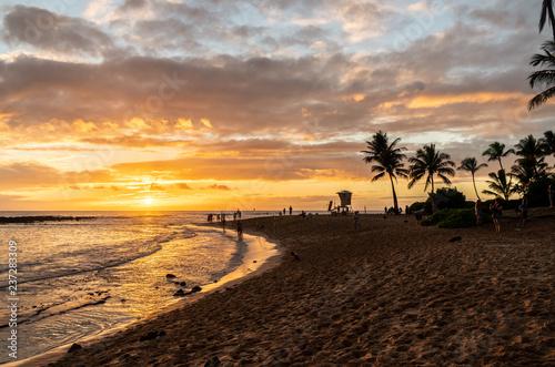 Fototapety, obrazy: Poipu Beach at Sunset, Koloa, Kauai, Hawai'i