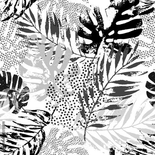 Poster de jardin Empreintes Graphiques Art illustration: rough grunge tropical leaves filled with marble texture, doodle elements background.