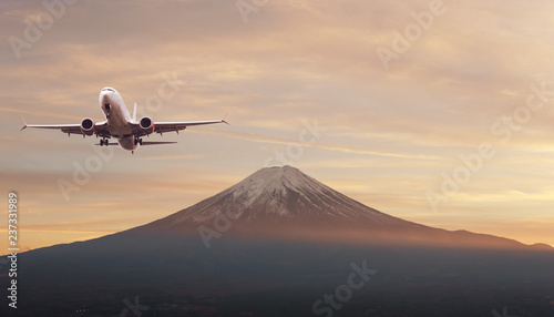 Montage in der Fensternische Cappuccino Top of Fuji-san, the highest mountain in Japan with airplane, view from rope way at Lake Kawaguchiko