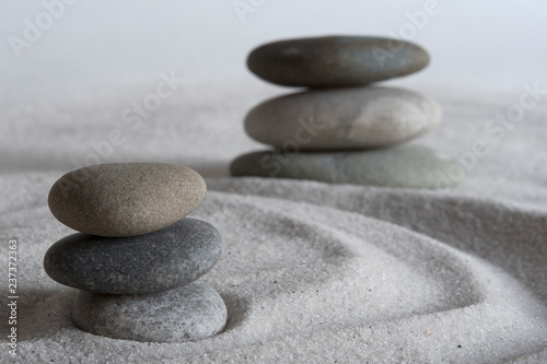 Photo Stands Stones in Sand Beach meditation