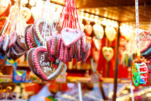 Gingerbread Hearts At German C...