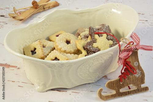 Fényképezés  Chinaware with christmas cookies