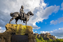 Great Britain, Scotland, Edinburgh, Castle Rock, Edinburgh Castle, Soldier Monument The Royal Scot Greys