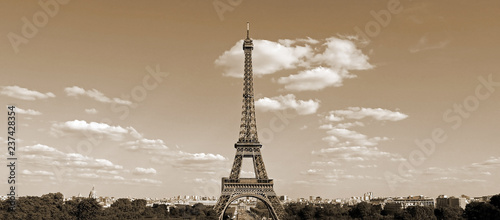 Tablou Canvas Eiffel Tower in Paris France with sepia effect seen from Hill of
