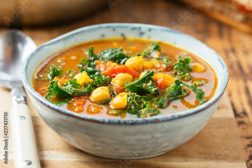 Moroccan Spiced Chickpea Soup With Kale Fototapeta