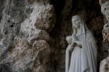 Angels  Tombstones In Graveyard In Havana, Cuba
