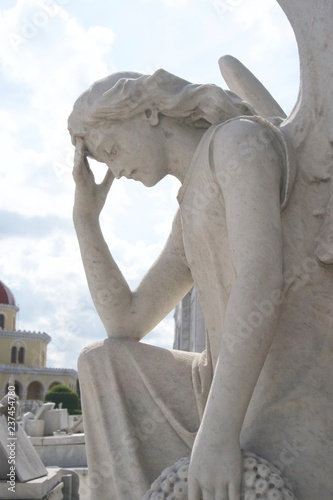 angels  tombstones in graveyard in Havana, Cuba Canvas-taulu