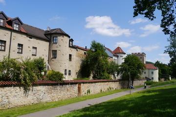 Fototapeta na wymiar Wohnhäuser an ehemaliger Stadtmauer in Amberg