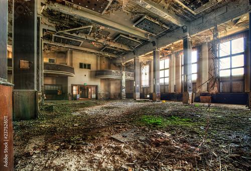 Papiers peints Les vieux bâtiments abandonnés Lost Place Industriebauten