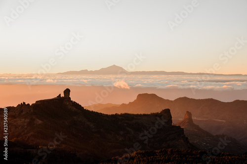 Foto auf Leinwand Weiß GRAN CANARIA,SPAIN - NOVEMBER 6, 2018: landscape from the mountains Roque Nublo on the Tenerife island
