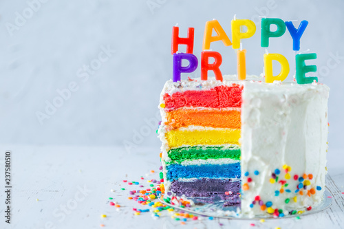 Fotomural Happy pride day - rainbow layered cake with candles