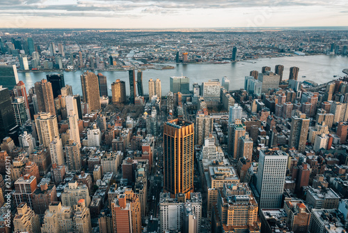 Fotobehang New York City View of buildings in Midtown Manhattan and the East River, in New York City