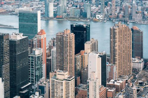Deurstickers New York City A bird's eye view of buildings in Midtown Manhattan, New York City