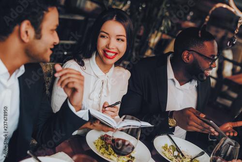 Business People Dinner Meeting Restaurant Concept