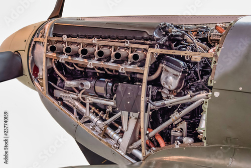 Cuadros en Lienzo A close up detailed photograph of the Merlin fitted in a supermarine spitfire