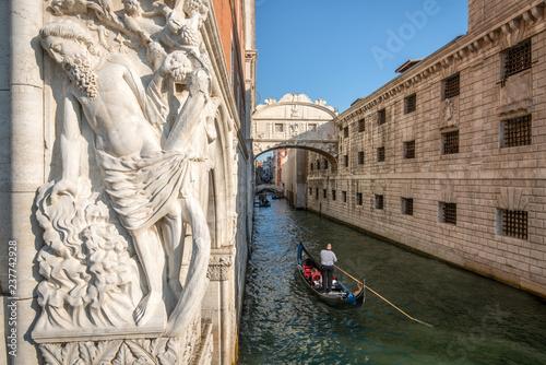 In de dag Centraal Europa Seufzerbrücke in Venedig, Italien