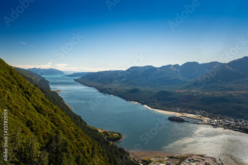 Poster Nouvelle Zélande South facing view of Gastineau Channel from Mount Roberts, Juneau, Alaska, USA.