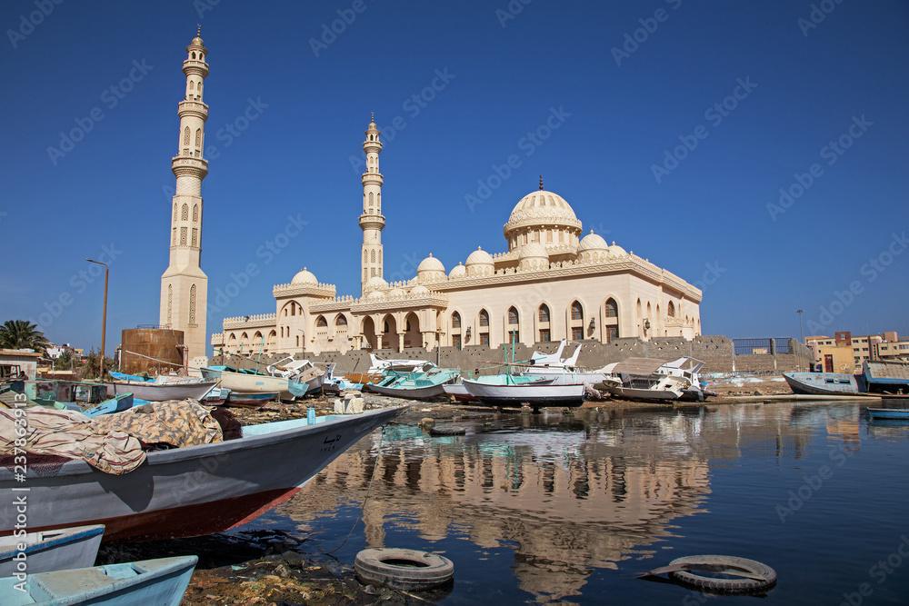 Fototapeta Mosque in Hurghada 6