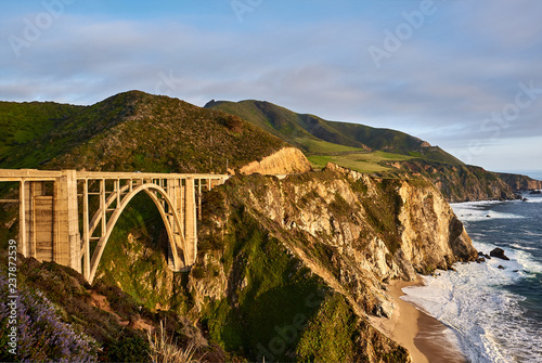 In de dag Centraal-Amerika Landen Bixby Creek Bridge on Highway 1, California