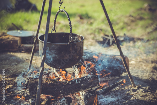 Photographie  kettle on a fire