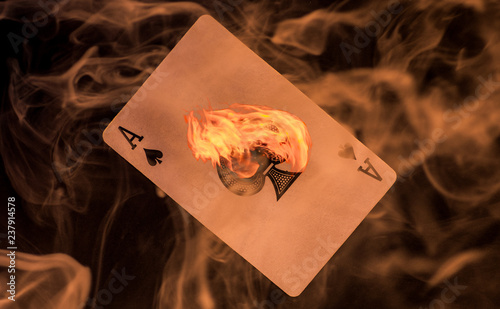 Fotomural The Smoking Ace