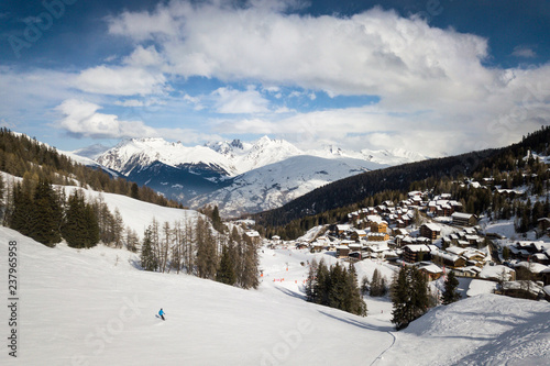 Photographie  Man skiing on a ski slope at La Plagne in the French Alps in Savoie, France