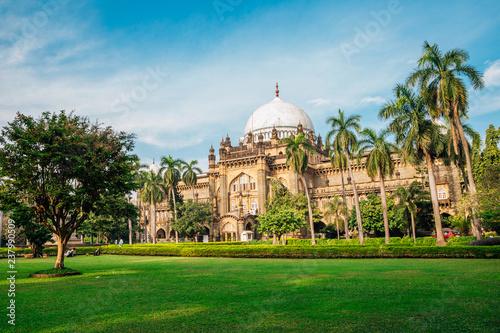 Fototapeta premium Chhatrapati Shivaji Maharaj Vastu Sangrahalaya (Muzeum Księcia Walii) w Bombaju, Indie