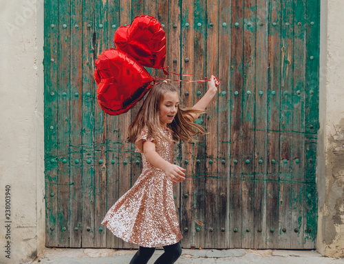 Fotografie, Obraz girl dancing with red balloons