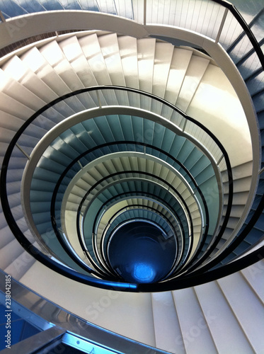 Double spiral staircase from above Fototapete
