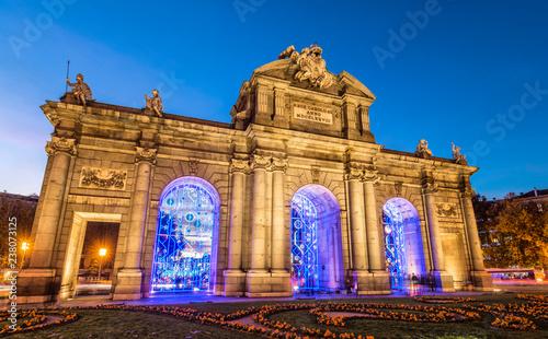 Madrid,puerta de Alcalá iluminada