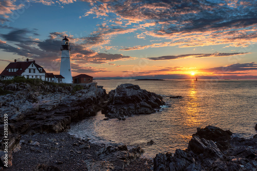 In de dag Centraal-Amerika Landen Portland Lighthouse at sunrise in Cape Elizabeth, New England, Maine, USA.
