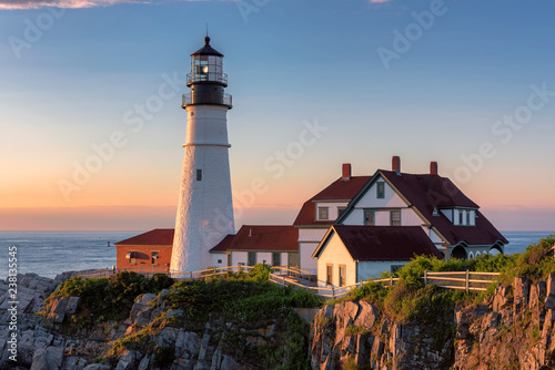 In de dag Centraal-Amerika Landen Portland Lighthouse at sunrise in Cape Elizabeth, Maine, USA.