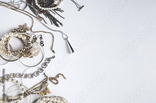 fototapeta na szkło Women's jewelry on white background