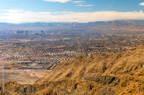 Poster Las Vegas cityscape, travel and tourism - panorama of las vegas city in nevada