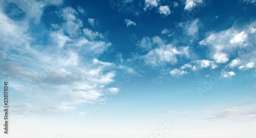 Fototapeta Clear blue sky and white clouds obraz