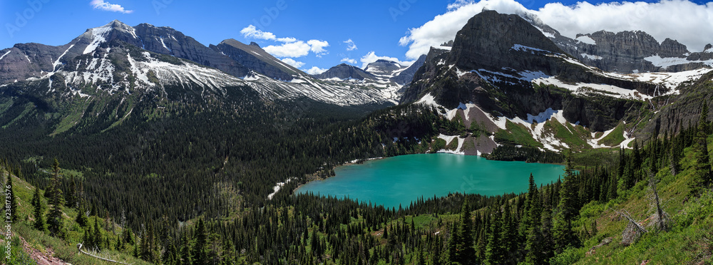 Fototapety, obrazy: Summertime panorama of Grinnell lake in Glacier NP, Montana
