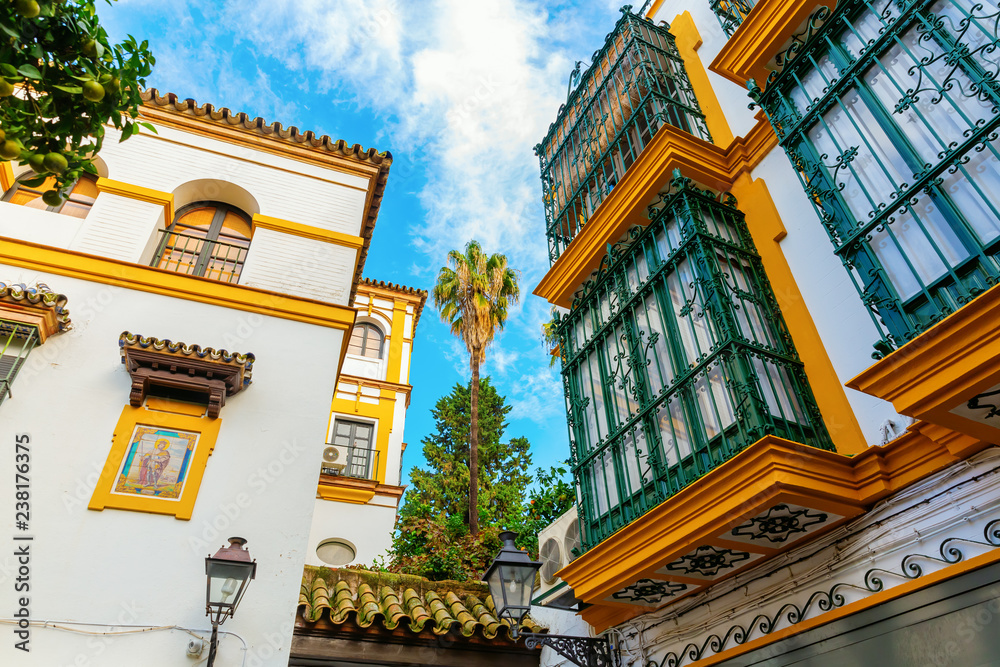 Fototapety, obrazy: historic buildings in Santa Cruz, Seville, Spain