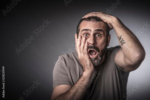 Fotografie, Obraz  surprised man studio shot