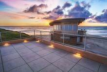 Moonlight Beach Lifeguard Center