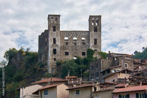 Italy. Dolceacqua. Doria Castle Fototapet