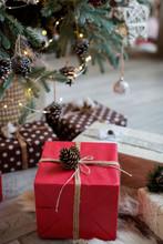 Beautiful Craft Christmas Boxe...