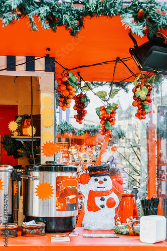 Fototapety, obrazy: Stall with mulled wine on Christmas market in Riga