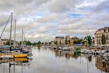 Redon. Le Port De Plaisance En Centre-ville. Ille-et-Vilaine. Bretagne