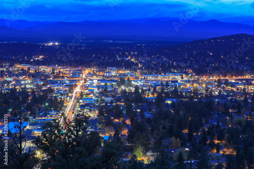 Photo Panorama, as seen from Bend from Pilot Butte Neighborhood Park, Oregon