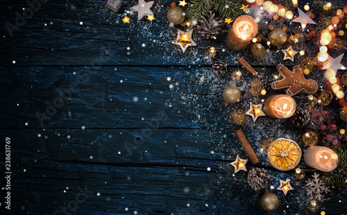Stampa su Tela  Christmas decoration on wooden background
