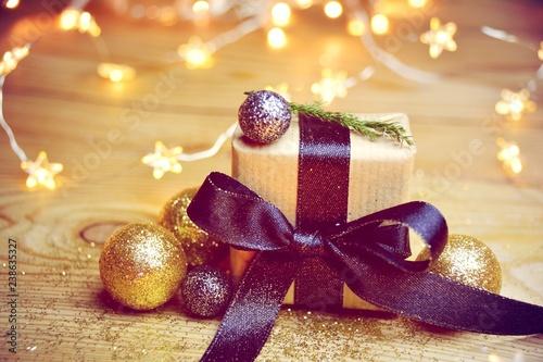 Photo  Weihnachtsgeschenk im Sternenglanz