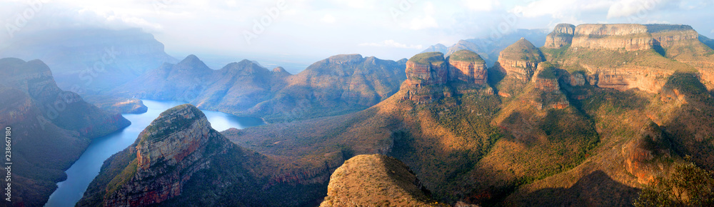 Fototapety, obrazy: Blyde River Canyon blue lake, Three Rondavels and God's Window, Drakensberg Mountains national park panorana on beautiful sunset light background, top view, South Africa, Mpumalanga Province