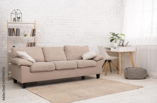Fotografía  Modern living room design with sofa, copy space