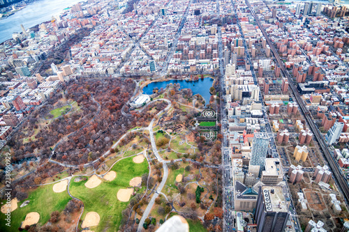In de dag New York City Aerial view of North Central Park and Uptown Manhattan, New York City
